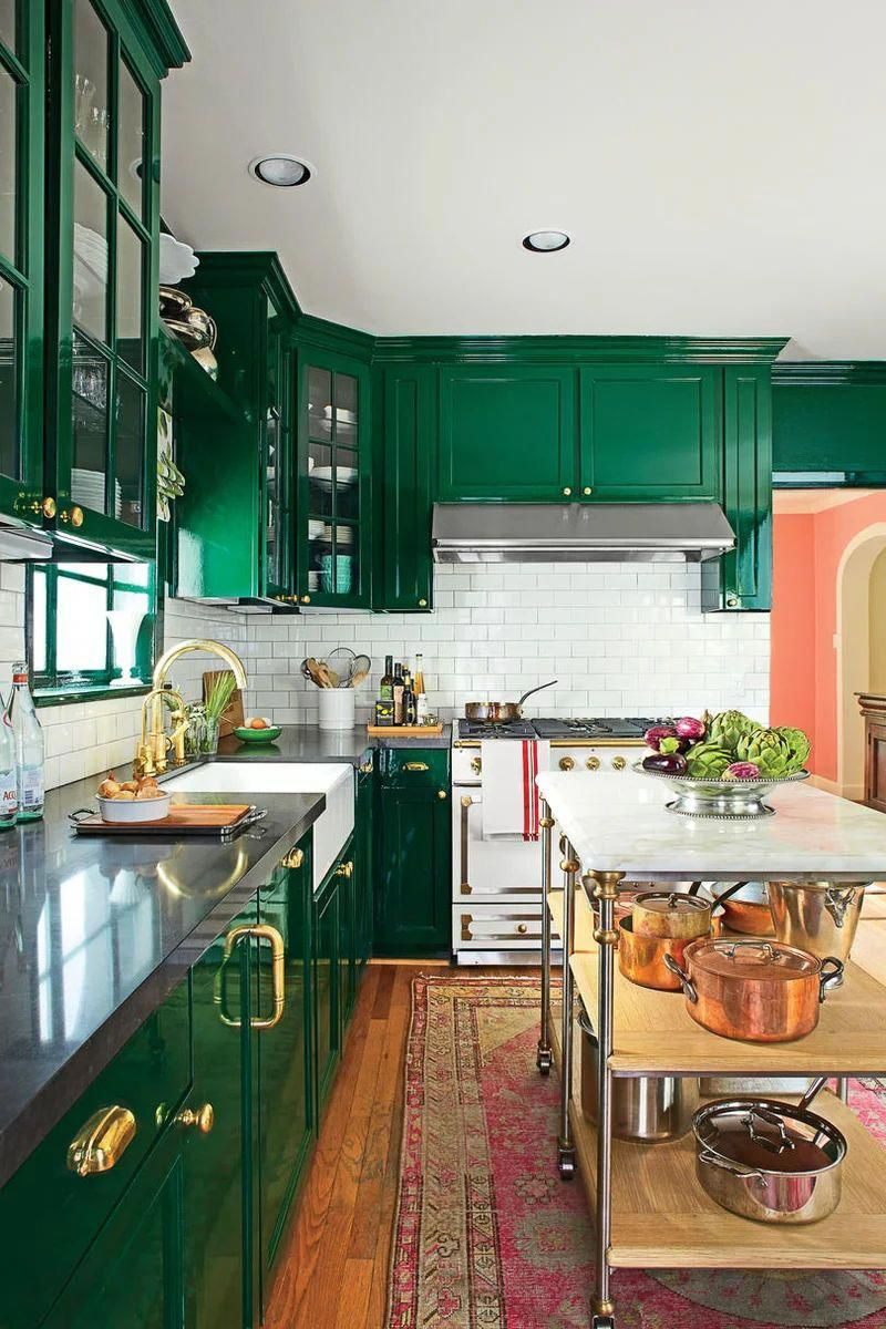 Bold Redo Kitchen Tired Of White Kitchens They Drenched The Space In Deep Dark Green In A Glossy Lacq Eclectic Kitchen Green Kitchen Cabinets Kitchen Redo