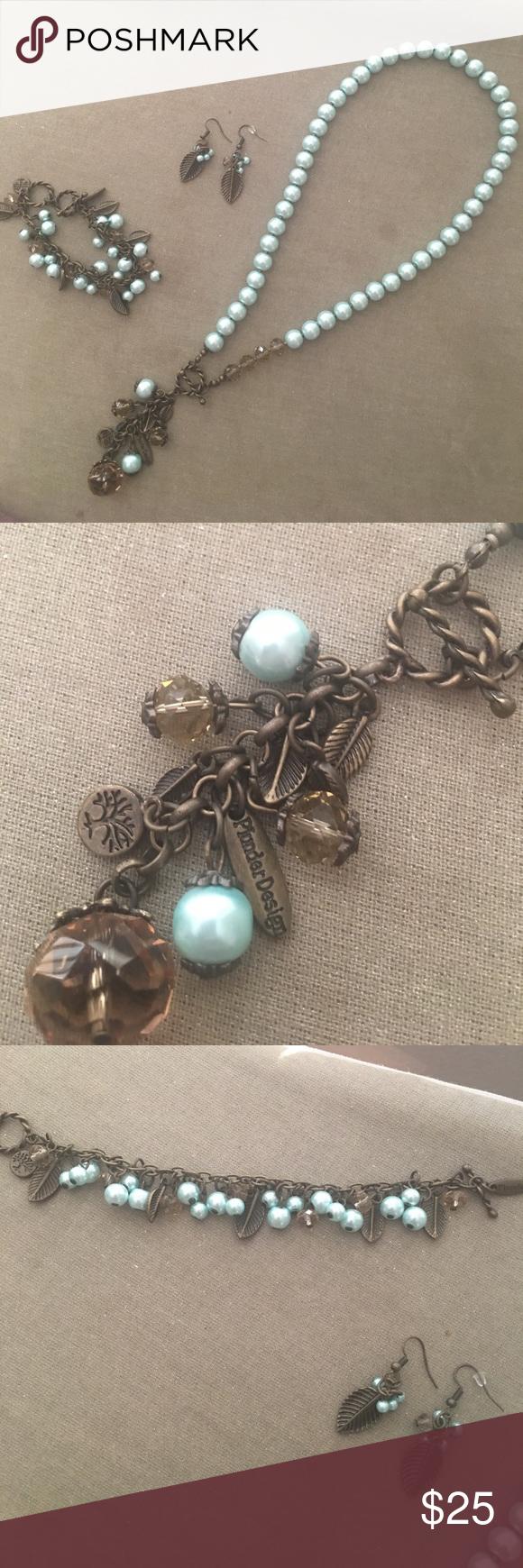 Plunder designs jewelry set Necklace, bracelet. Earrings
