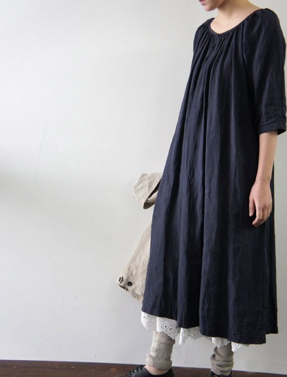 [Envelope Online Shop]Matilda. Love the name. Loose and comfortable linen dress with white lace petticoat and light summer leg warmers/leggings? I am in love.