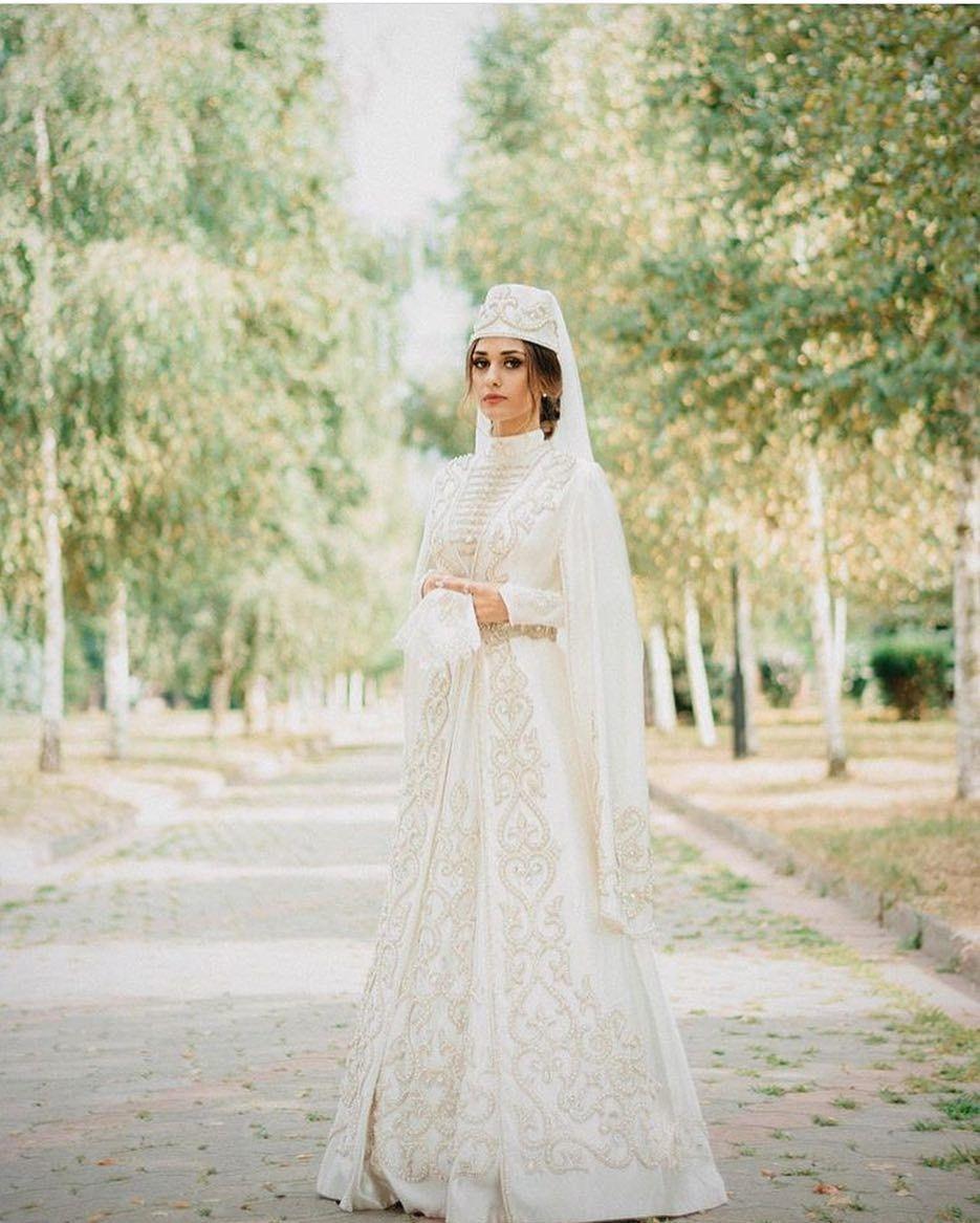 покрупнее пойдет в осетинском платье фото на свадьбу понятно