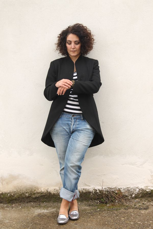 how to wear boyfriend jeans, tomboy style, handmade bracelet, curvy, plus  size, outfit, curvy model, plus size model, plus size fashion, fas.