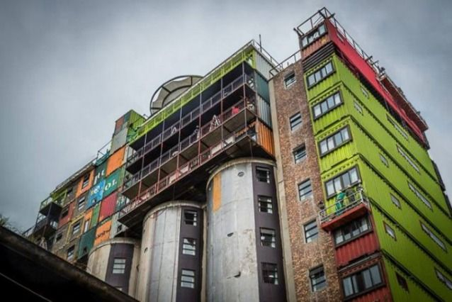 Silos e container student housing - Mill-Junction - Joannesburg #container #conversion