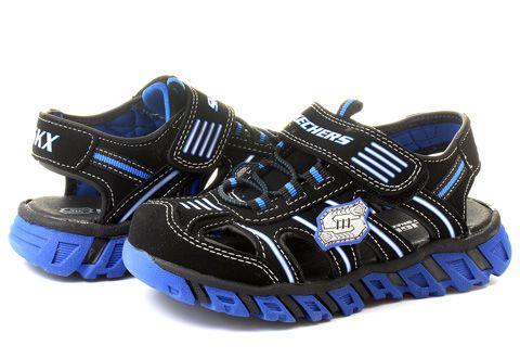 Úžasne pohodlné, ako papučky :-D Rozmaznajte svoje zlatíčko so sandálikmi #Skechers.