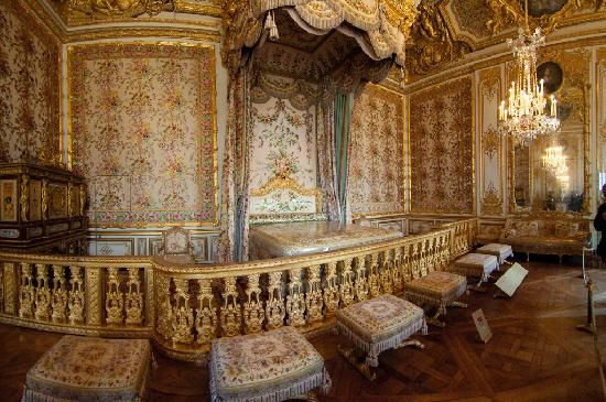 Marie Antoinette Bedroom In The Versailles Castle Hides A Secret Jib Door Visible On Left Hand Side Of Pic Pefectly Disguised Wall Moulding