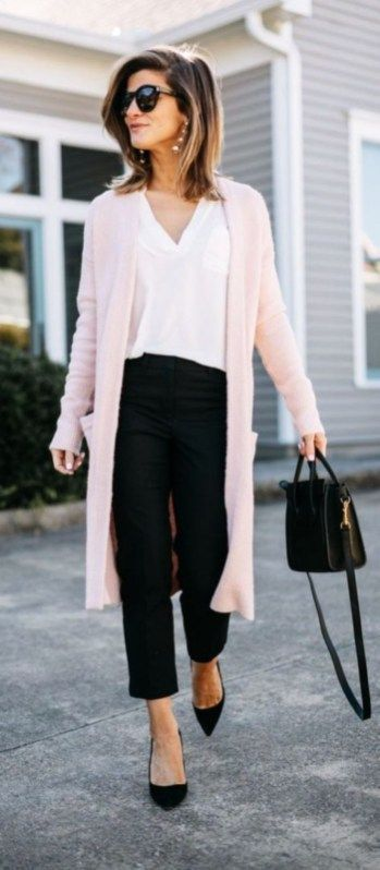 32 Classy Casual Work Outfits for Women Career Over 30 #womensworkoutfits