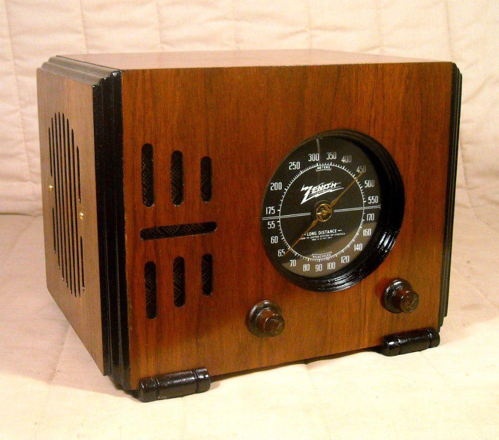 Old Antique Wood Zenith Vintage Tube Radio Restored Working