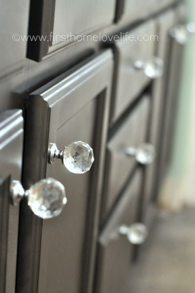 Can you spray paint cabinets spray paint cabinets - How do you paint bathroom cabinets ...