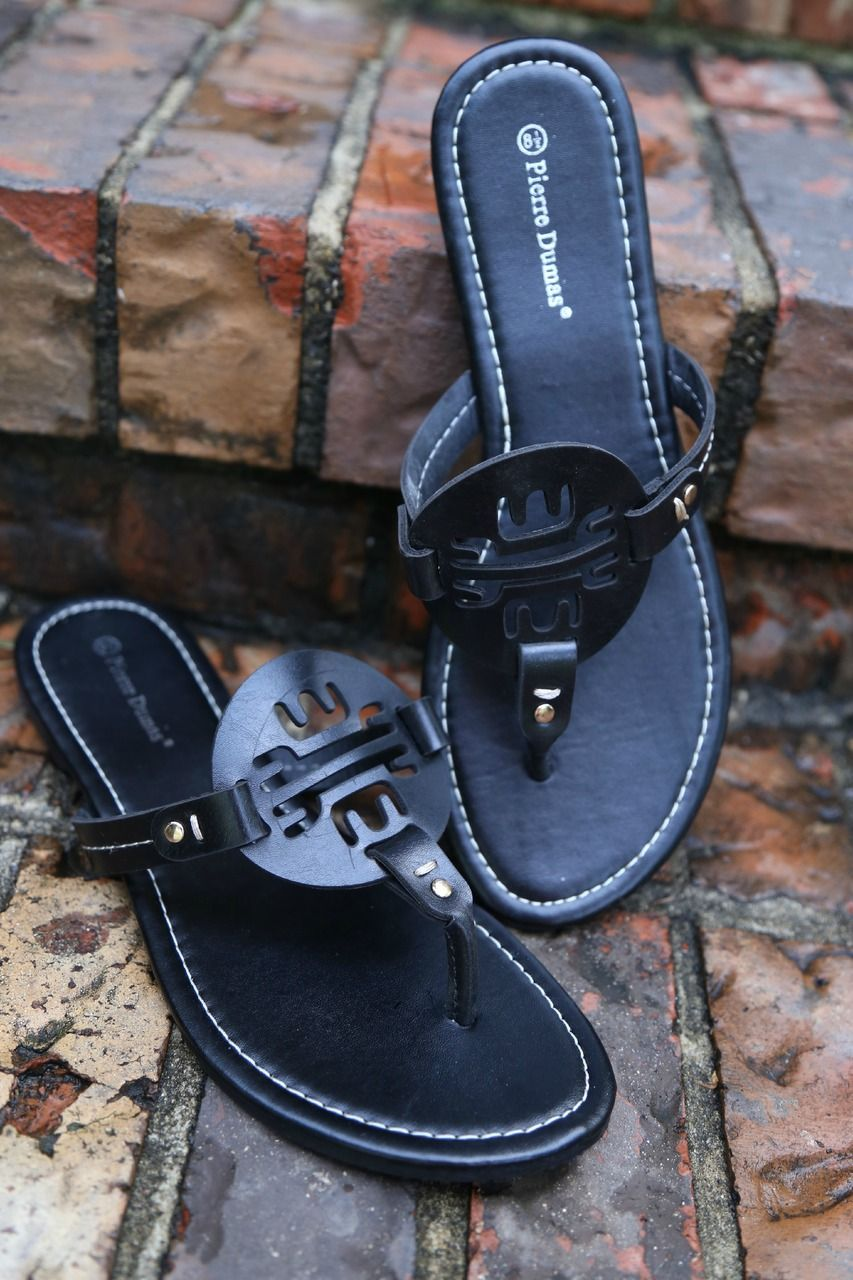 4dd84fcb3dc1 boutique black sandals