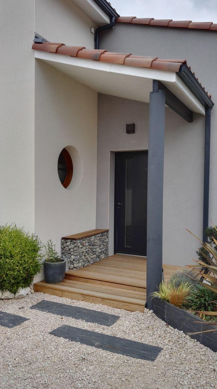 Banc sur gabion amenagement house en 2019 d co entr e maison entree de maison exterieur et - Maison avec porche d entree ...