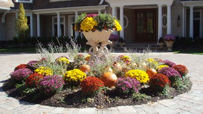 Creative Seasonal Display Services