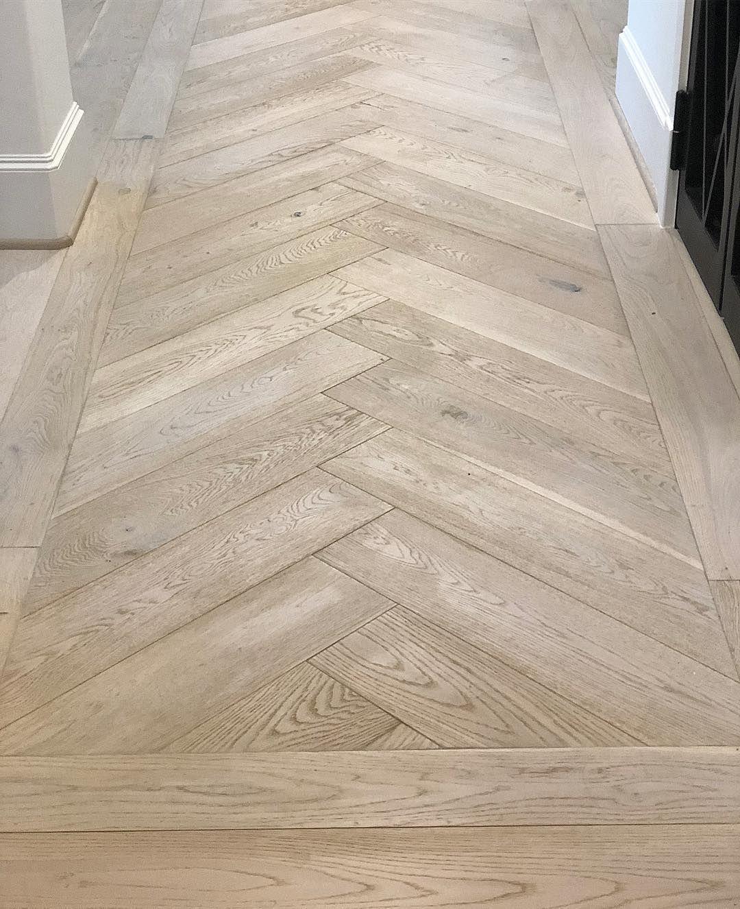 Hallmark Floors On Instagram How About Herringbone In Your Entryway This Top Notch Installation Elevates T In 2020 Herringbone Wood Floor Wood Floor Design Flooring