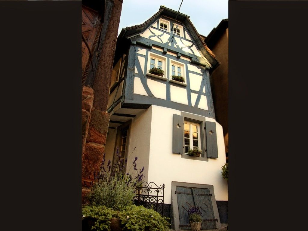 Heidelberg Vacation Rental Vrbo 769893ha 2 Br Germany Apartment Charming Half Timbered House In Nec Homeaway Vacation Rentals House Rental Vacation Rental