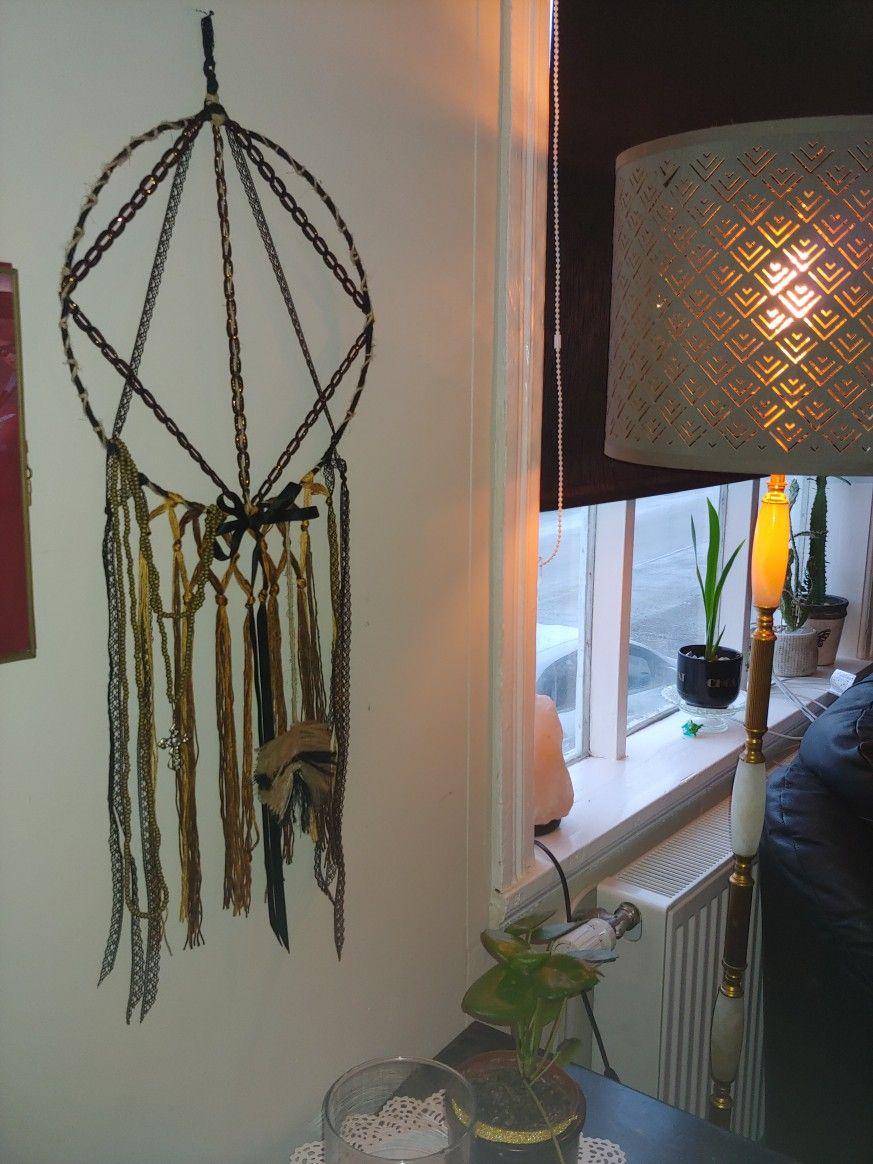 Photo of Diy clothes-hanger dreamcatcher macrame feather decoration