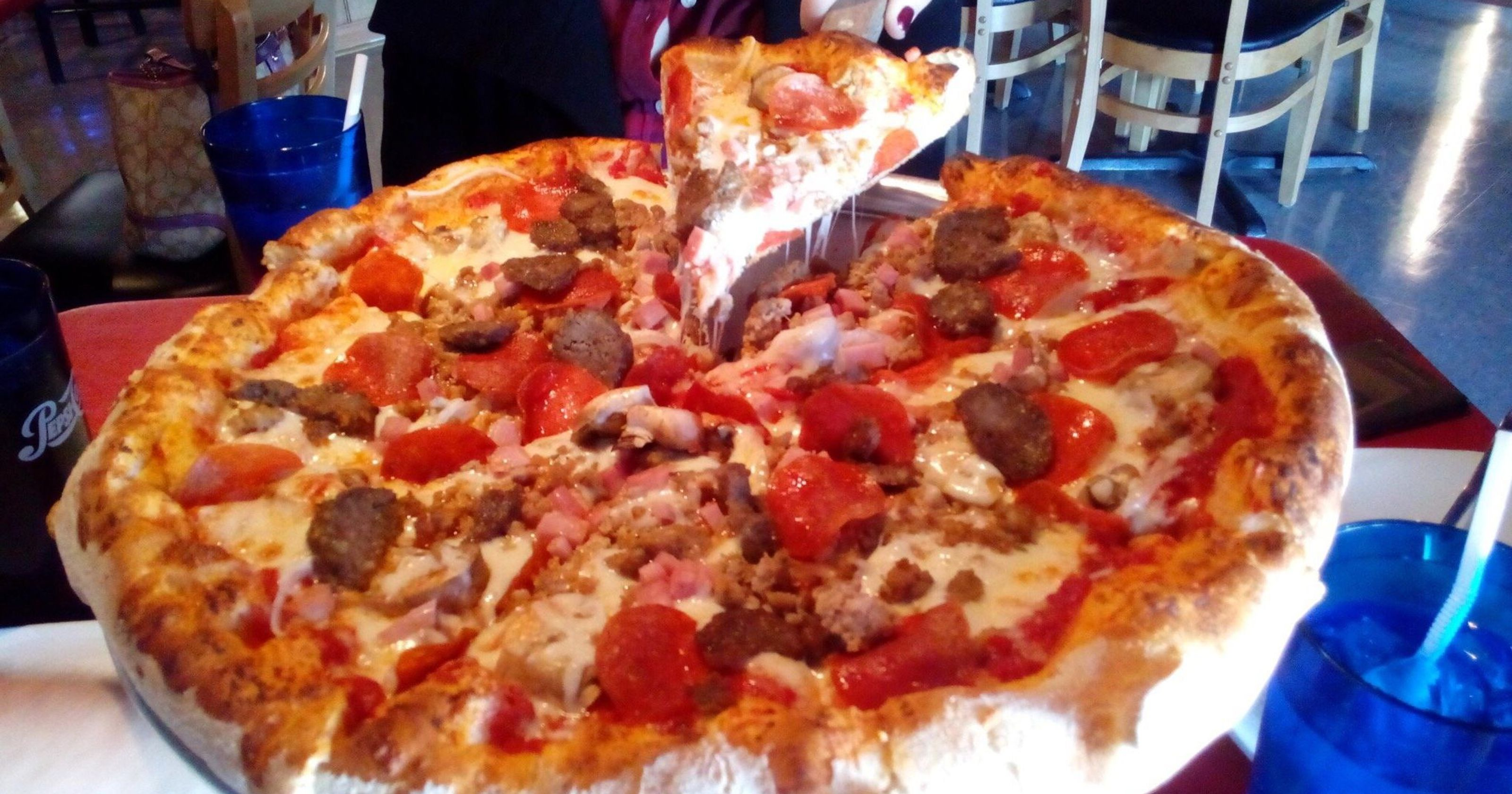 Best Pizza In Every State Tripadvisor S Top Rated Pizzerias Good Pizza Wine Recipes Unique Recipes