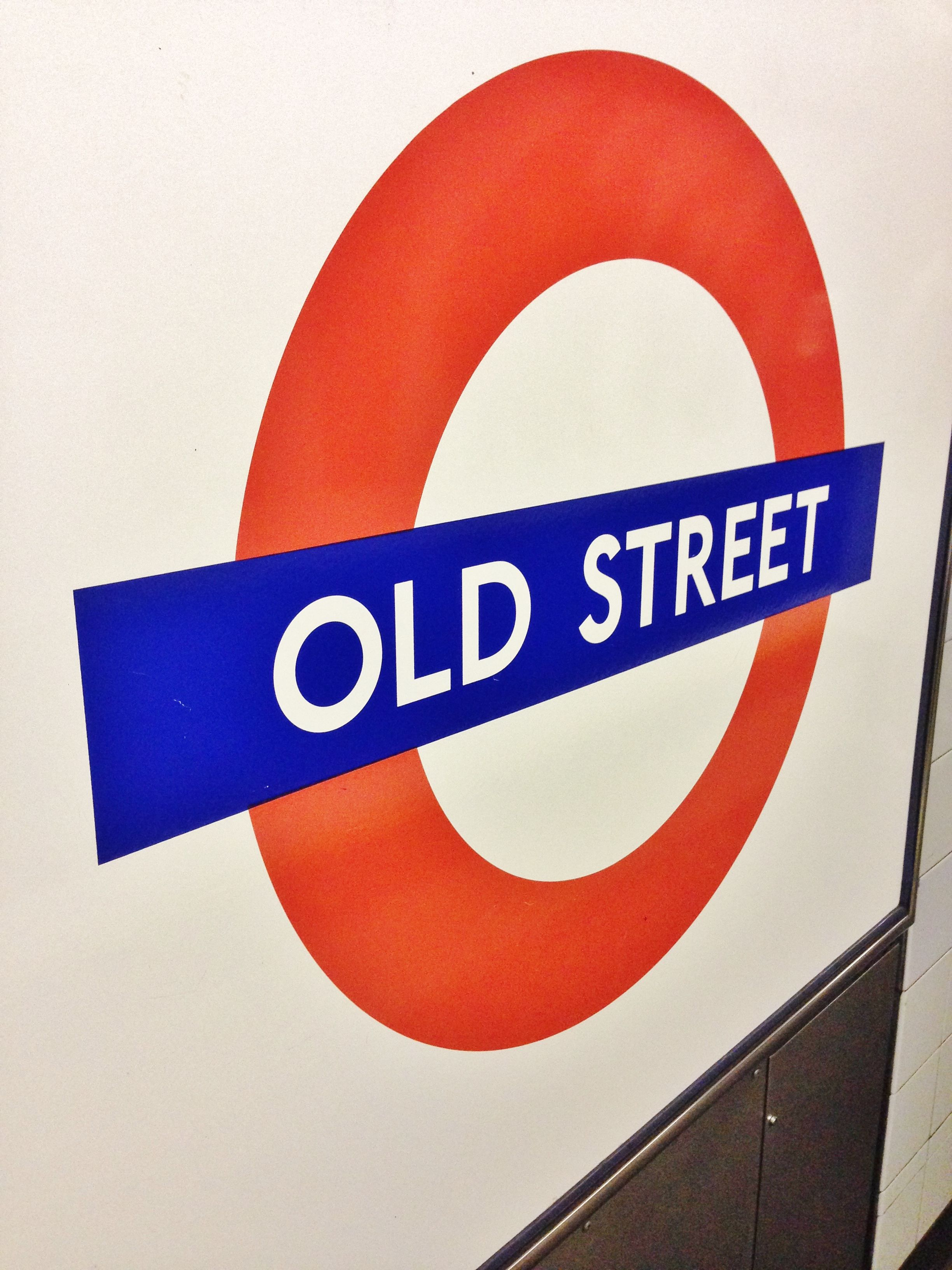 Montcalm Shoreditch: Our Closest Stop On The Underground; #OldStreet! Depart