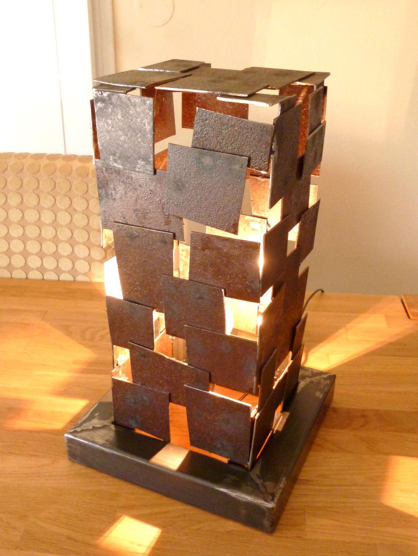 lampe en acier square small luminaires par acier et deco. Black Bedroom Furniture Sets. Home Design Ideas