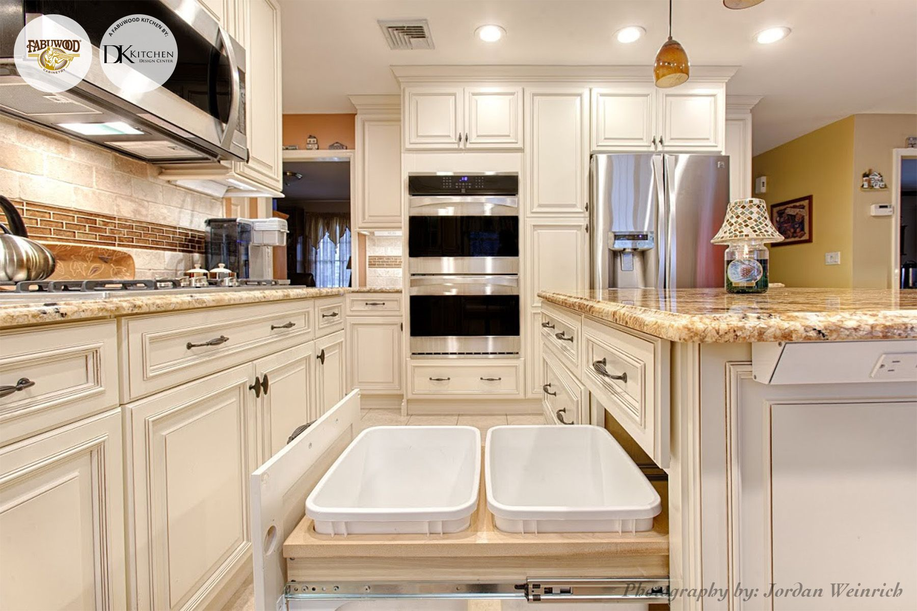 this beautiful fabuwood nexus frost kitchen was built by bender