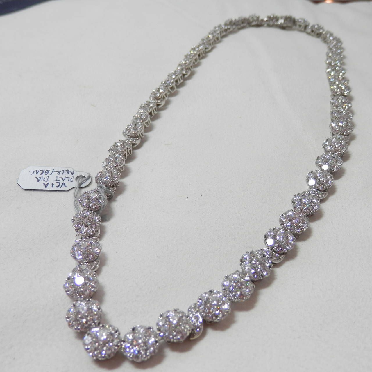 Van cleef and arpels diamond gold cluster necklace converts to