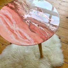 11 Creative Ideas for Your Acrylic Pouring Furnitu