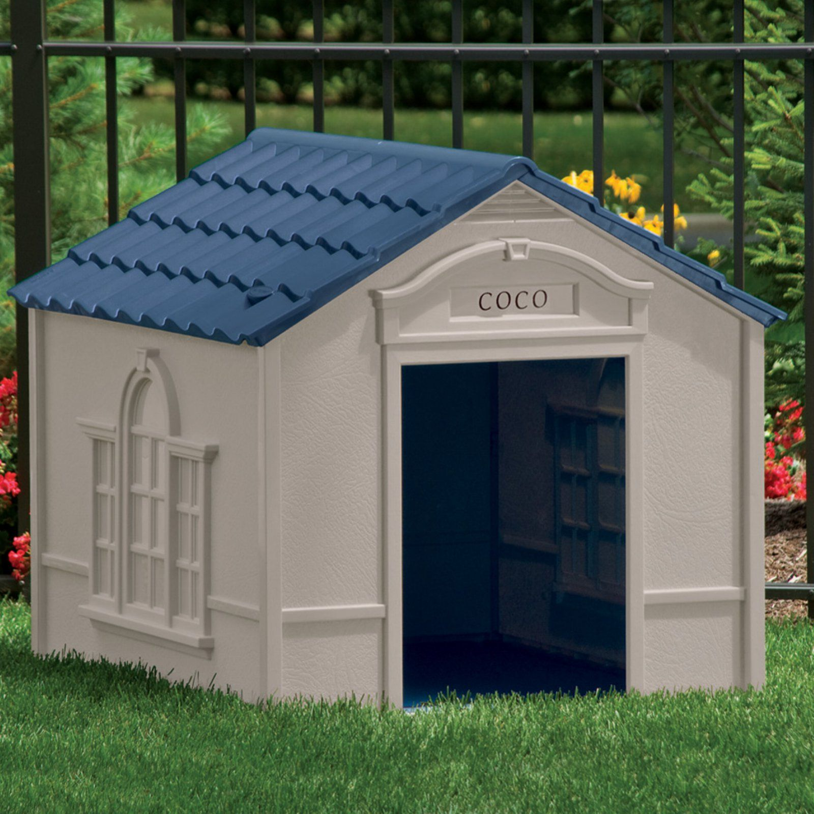 Suncast Large Deluxe Dog House With Free Doors Dh350 Large Dog