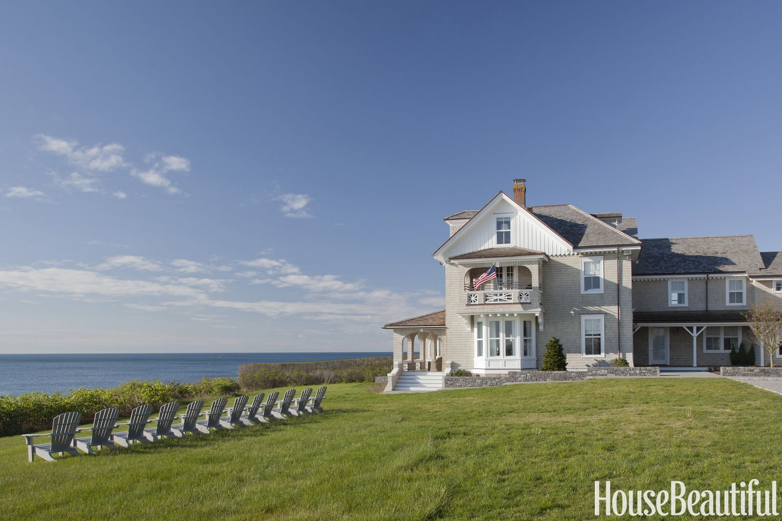 Luxurious Wallpaper Dresses Up This Victorian Beach House Beach House Style New England Homes Fancy Houses