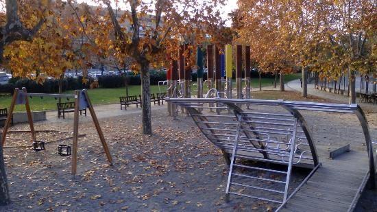 Parque Del Mediodía Parc Del Migdia Parques Parque Para Niños Parque De Atracciones