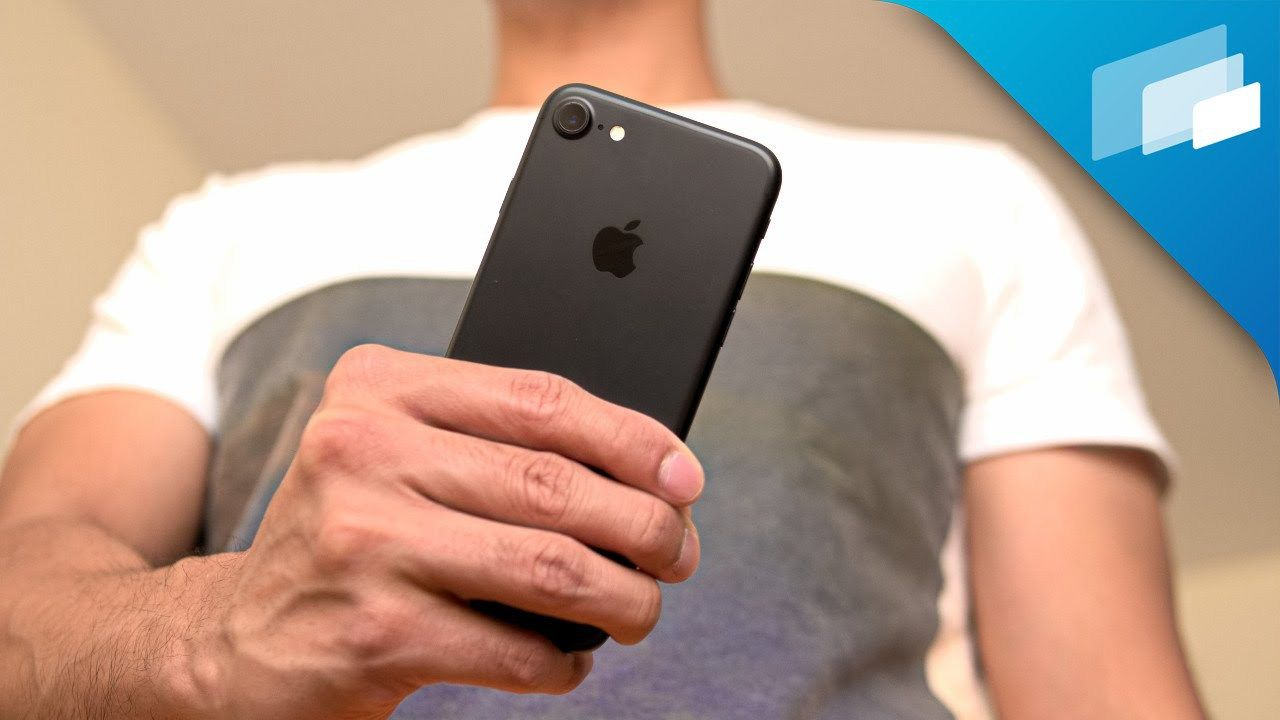 Apple iPhone 7 Review | Iphone, Iphone 7 review, Apple iphone