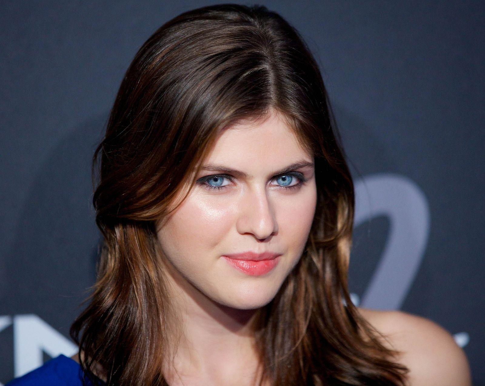 Alexandra Daddario Blue Eyes