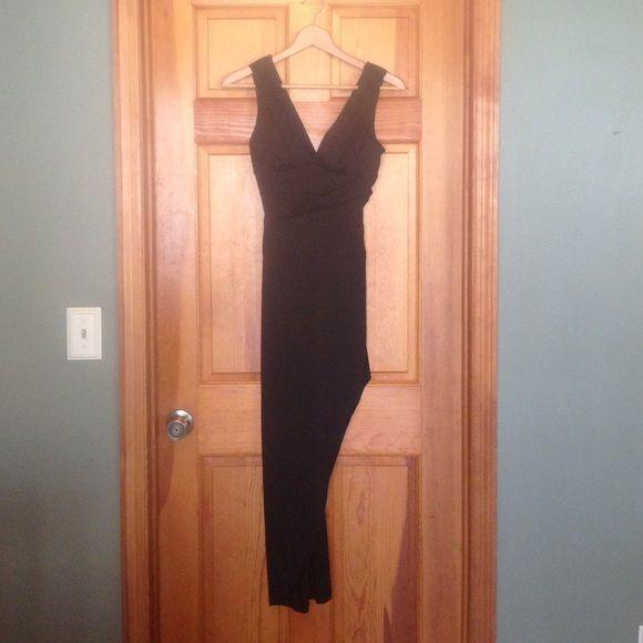 Side slit black dress Floor length black dress with side slit, great condition! Dresses Prom