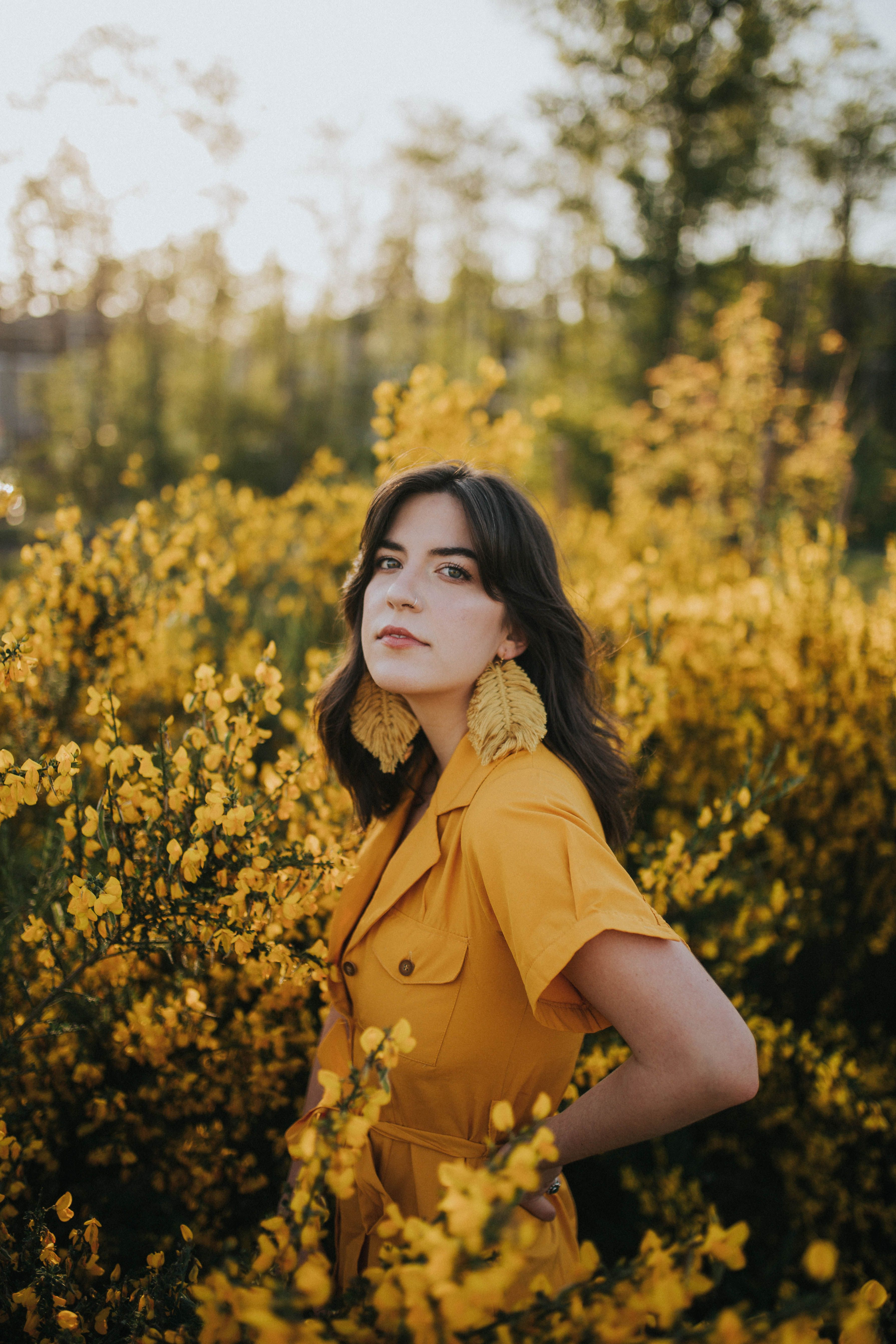 Flower Portrait Photography Portraits With Flowers Backlit Photography Pnw Photography Flower Photoshoot Yellow Portrait Photography Yellow Portrait