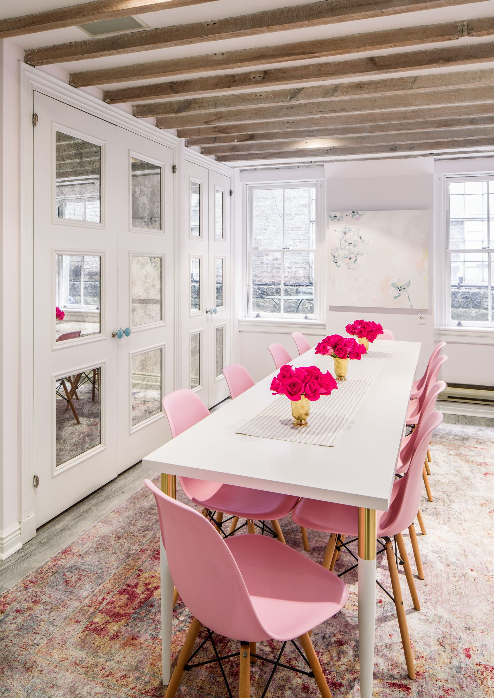 Pretty In Pink Office Space: Tips And Tricks For Decorating In A Small Office  Space