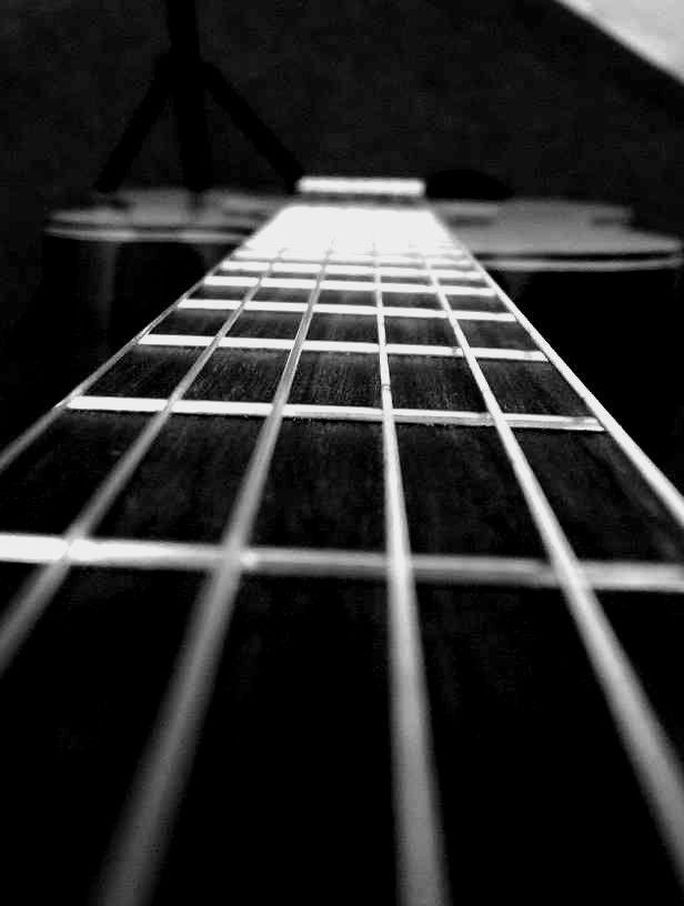 guitar by ~kim430