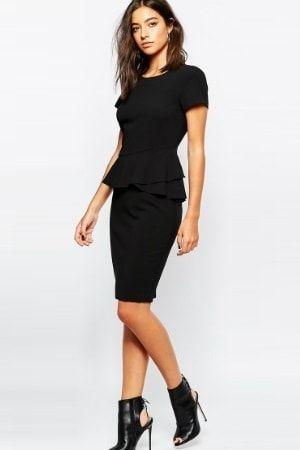 Petite robe noire fourreau