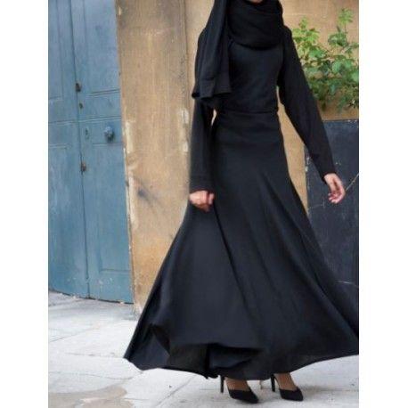 Countess Velvet Gown Countess Velvet Gown Made Of Luxurious Velvet And Exclusively Designed By Abayas Boutique Velve Elegant Abayas Velvet Gown Modest Dresses