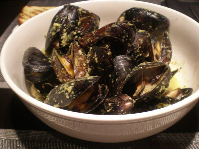 Madras curried mussels PEI