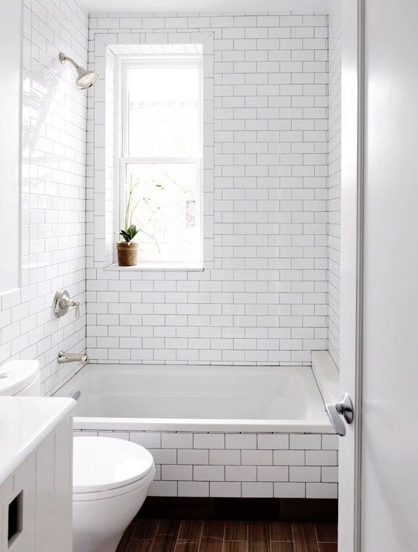 Http Www Tileideaz Com Wp Content Uploads 2015 01 White Subway Tile Tub Surround 32 Jpg White Subway Tile Bathroom Shower Grout White Bathroom Tiles