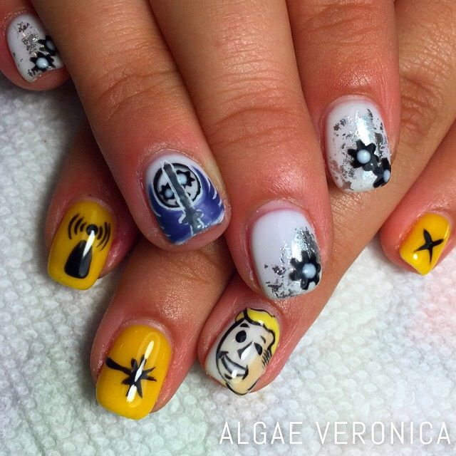 My Awesome Fallout 3 Nails T