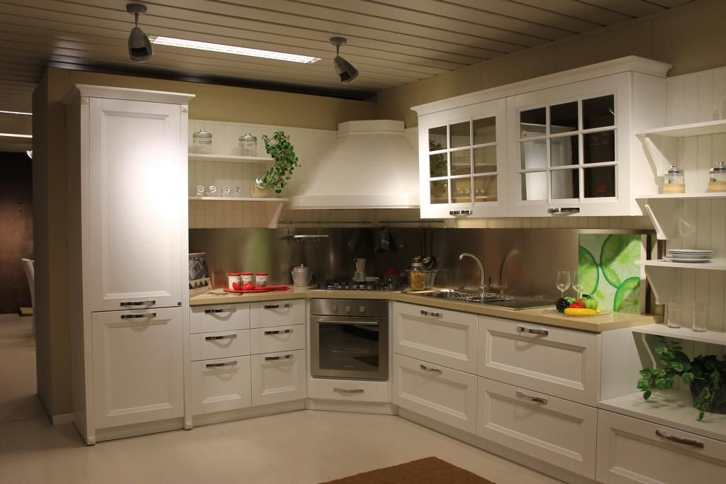 Cucina Beverly di Stosa su www.outletmobili-italia.it | Kuhinja1 ...