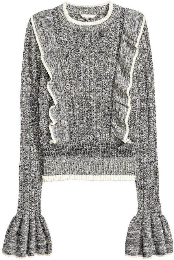 924caa221e10d1 Pin by Sam LaCour on Stylized | Sweater, shorts, Sweater fashion ...