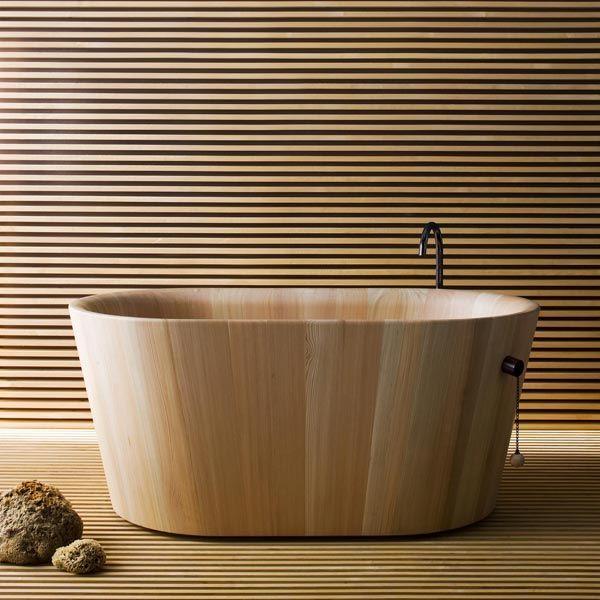 Vasca Ofurò di Rapsel | Design: Thun M. - Rodriguez A. | Anno: 2010 | Materiali: Larice
