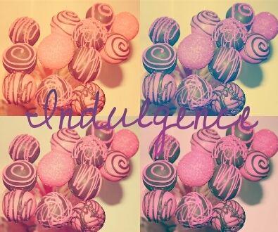 #cakepops by #indulgence