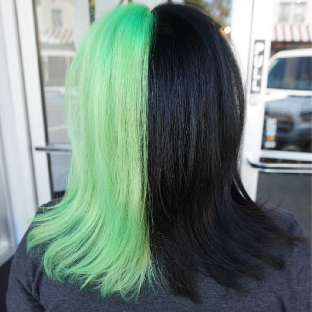 Half Neon Green Half Black Hair Hair By Jaylen Zanelli Jaylenzanelli On Instagram Jaylenzanelli Com Hair Neon Green Hair Artistic Hair