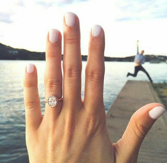 Best Ever Ring Selfies from our Blogger Brides Engagement Ring