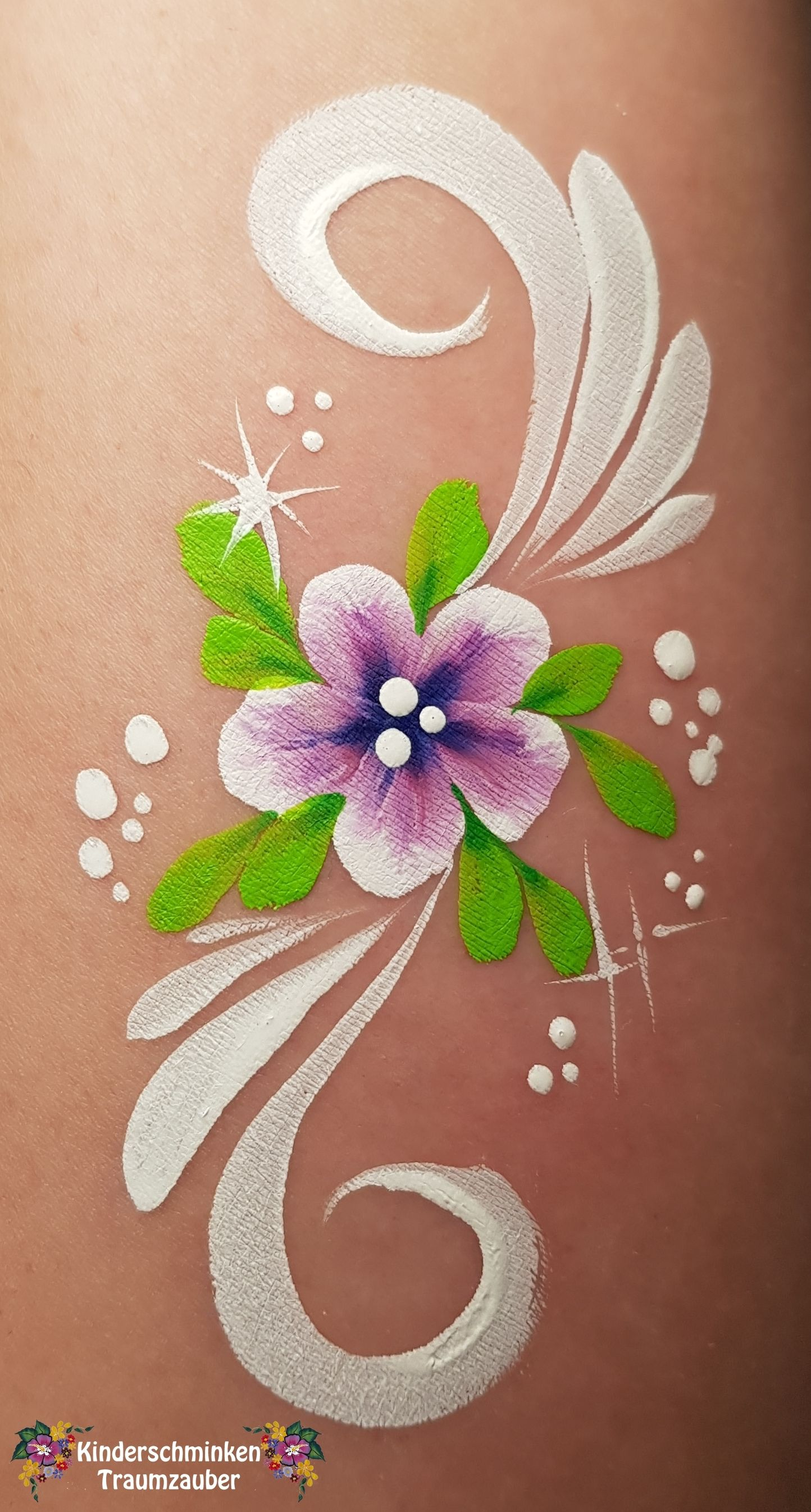 Flower Blume Face Painting Flowers Face Painting Face Painting Designs