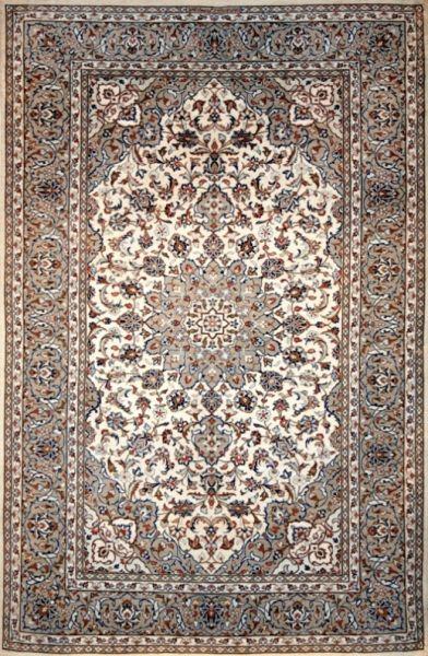 سجاد عجمى يدوى نائين حرير 100 ايرانى Persian Rug Rugs Rugs On Carpet