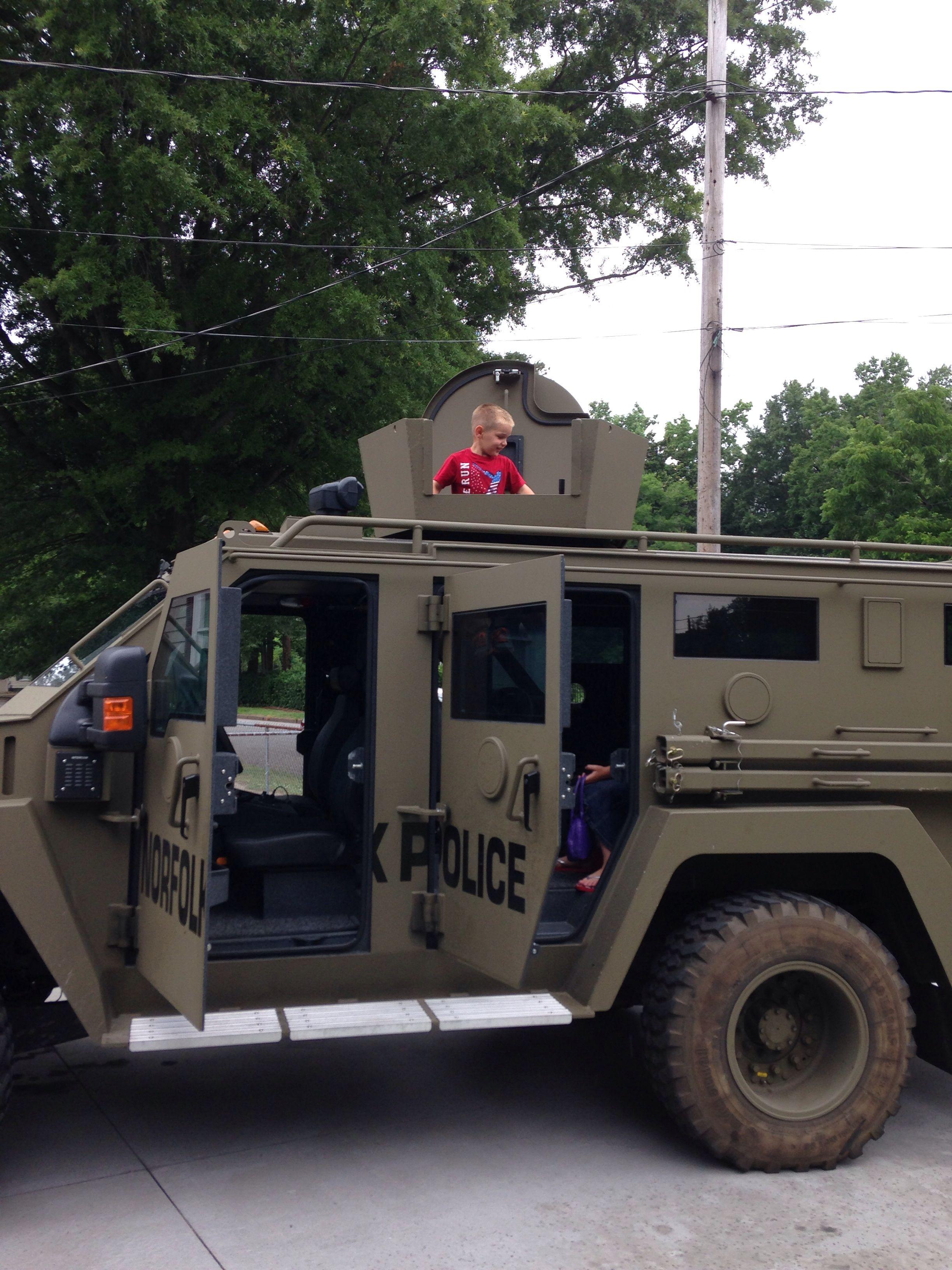 Riding W Swat Team Emergency Vehicles Emergency Response
