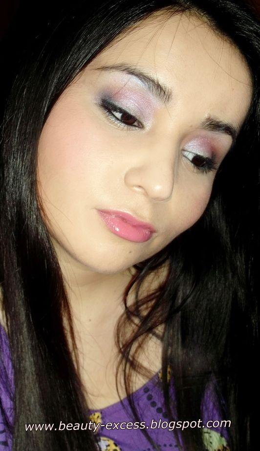 Maquillaje de fiesta en lila