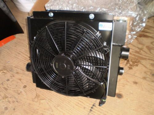 NEW NOS AKG HYDRAULIC OIL COOLER COOL-LINE  DCS20-97011 WILL SHIP USPS WORLDWIDE THANKS
