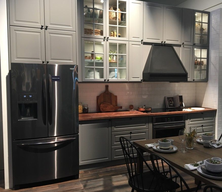 Black Kitchen Appliances With White Cabinets: Black Stainless Steel Appliances Are The Next Big Trend