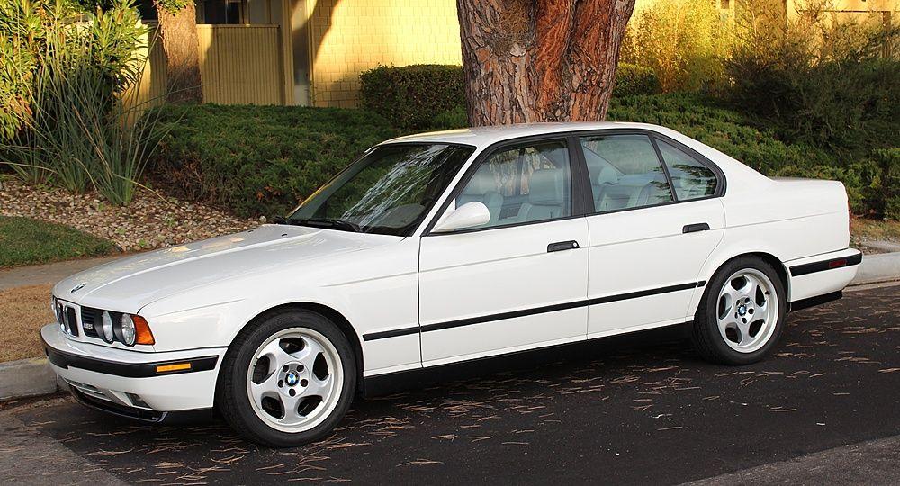 Alpine White 1993 E34 M5